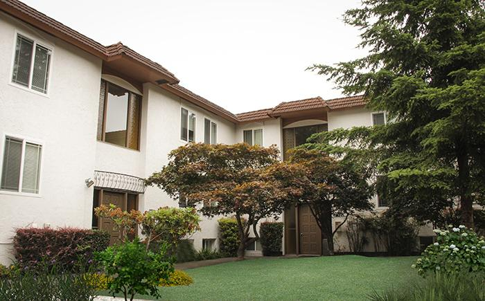 Los Altos Apartments (photo 1)