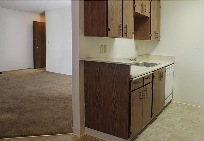 Los Altos Apartments (photo 4)