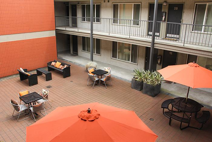 Courtyard North Apartments (photo 3)