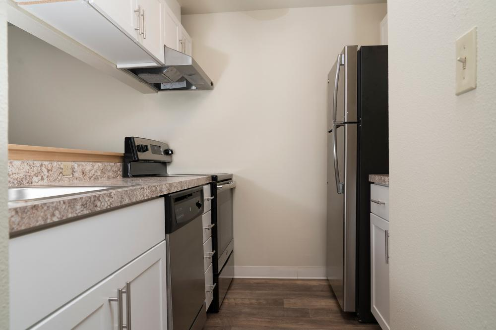 Baycrest Apartments (photo 4)