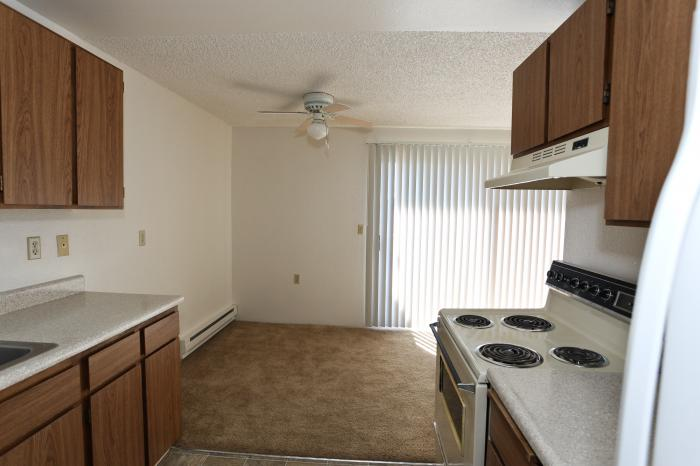 Warner Park Apartments (photo 8)